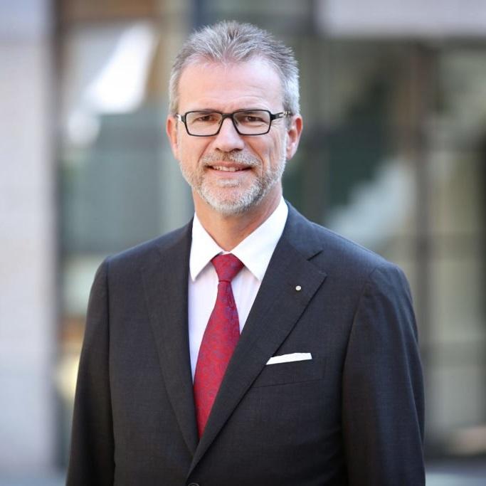Dr. Kurt A. Mäder